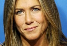TORONTO, ON - SEPTEMBER 09: Jennifer Aniston arrives at the press call of Cake at the 2014
