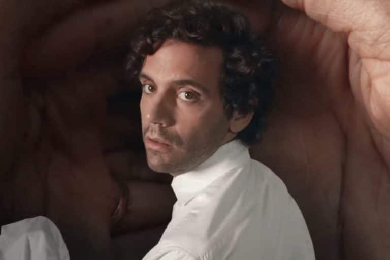 """Mika pubblica """"Domani"""", la sua prima canzone in italiano"""